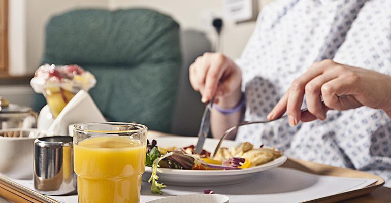 Verdades-e-mitos-sobre-a-comida-de-hospital